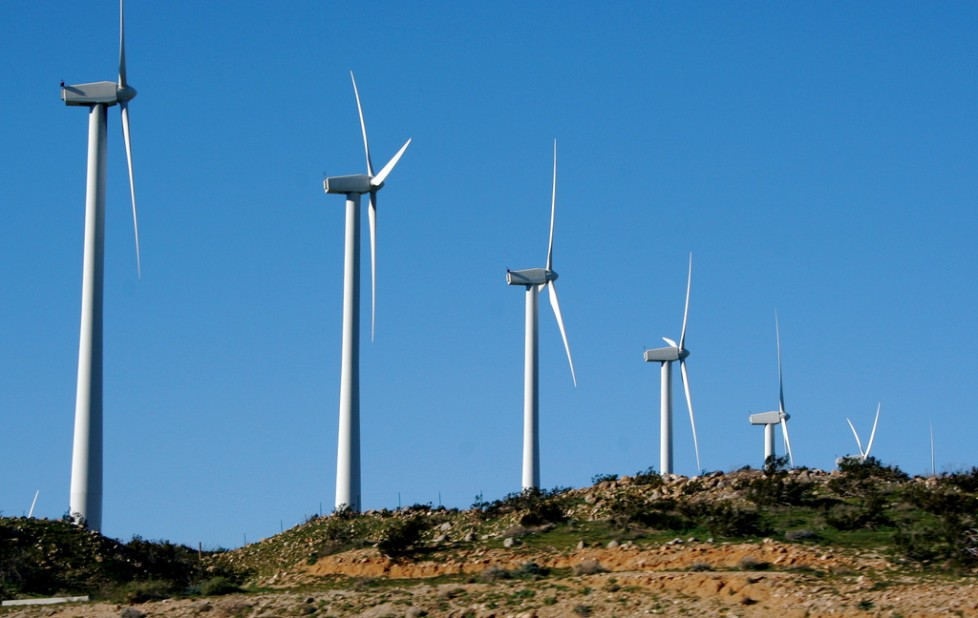 wind energy and hydroelectric energy environmental sciences essay A growing environmental movement, the development of environmental sciences and a push another example is texas where energy produced from wind power is noticeably cheaper for the what are the disadvantages of hydroelectric power hydroelectricity and dam building does not.